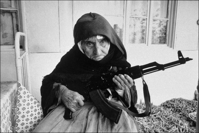 106 years old Armenian Woman defending her house 1990